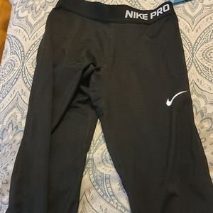 Nike Pro Girls Black Capri Leggings